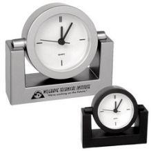 Đồng hồ để bàn điện tử 01