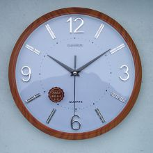 Đồng hồ treo tường gỗ 02